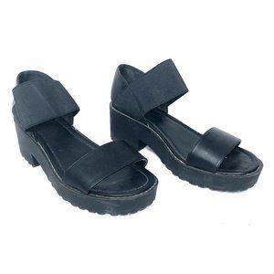 Urban Outfitters 90's Platform Lug Sandal Black 8